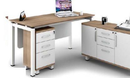 chair studio Directors-Suite